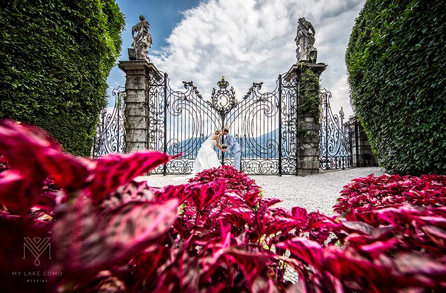 Bride-Groom-Villa-Carlotta-Lake-Como-wedding-venue-love-story