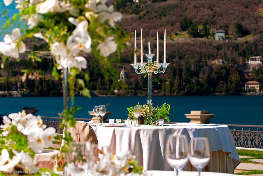 Casta-Diva-wedding-table-dinner-terrace-outdoor-Lake-Como-wedding-venue