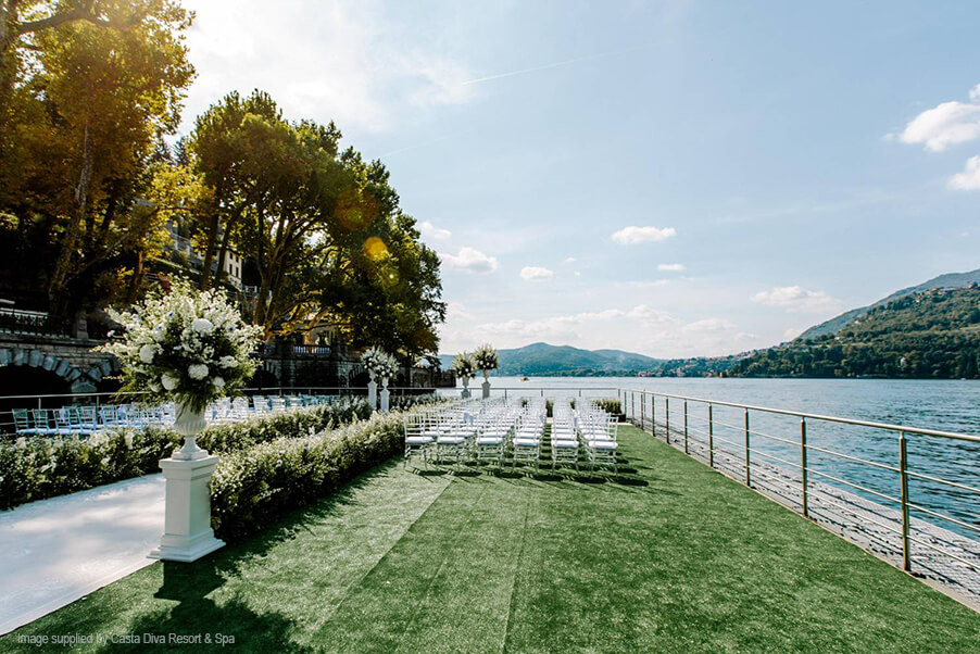 Casta-Diva-floating-wedding-ceremony-terrace-Lake-Como-wedding-venue