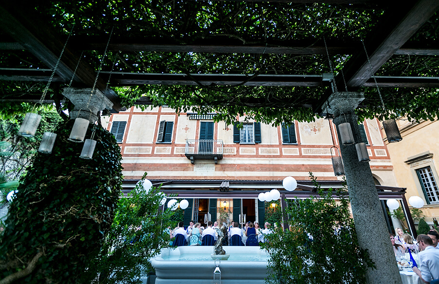 Villa-Cipressi-wedding-dining-terrace-Lake-Como-wedding-venue