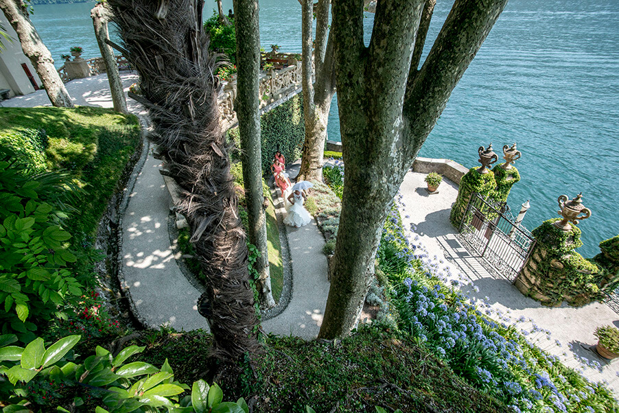 Villa-Balbianello-winding-paths-wedding-ceremony-lake-como
