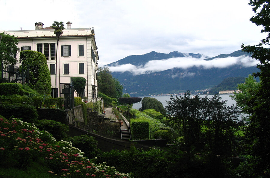 Villa-Carlotta-wedding-ceremony-Lake-Como-wedding-venue