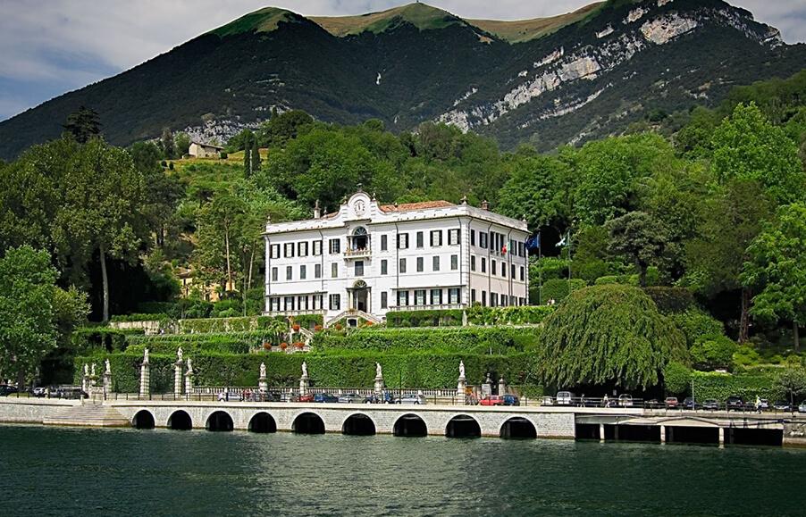 Villa-Carlotta-Lake-Como-wedding-venue