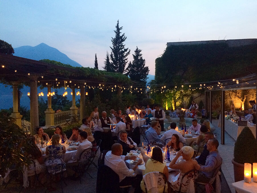 Villa-Cipressi-dining-outdoors-Lake-Como-wedding-venue