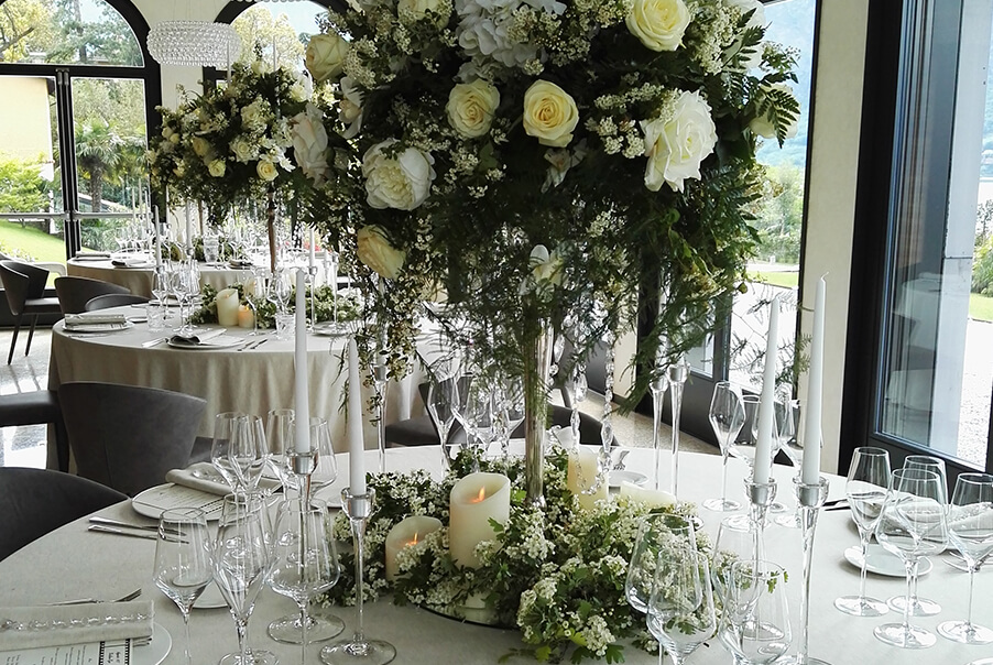 villa-lario-lake-como-wedding-venue-table-dining-room