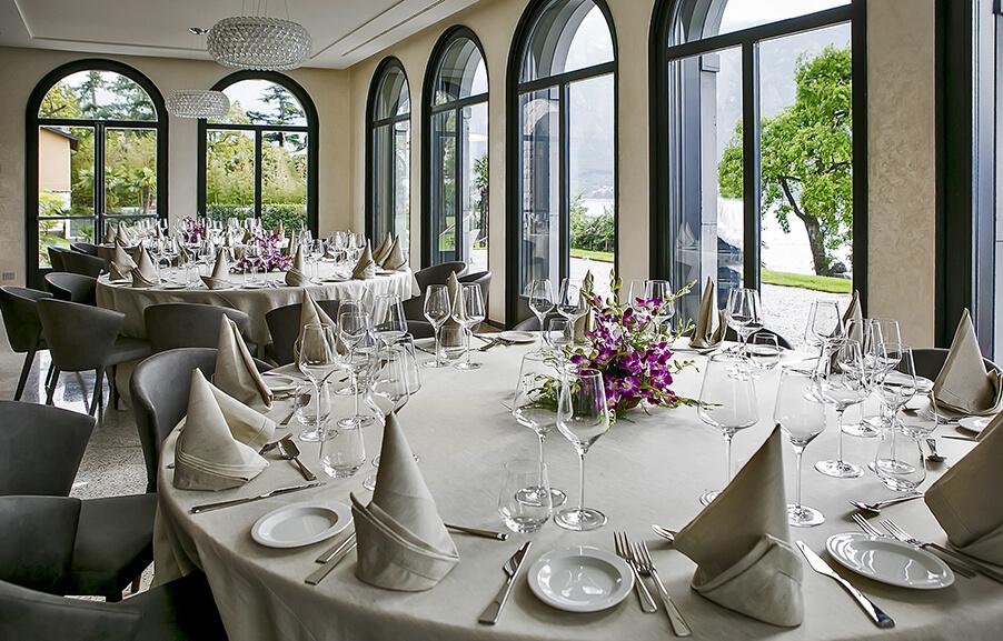 Villa-Lario-indoor-wedding-dining-room-on-lLake-Como
