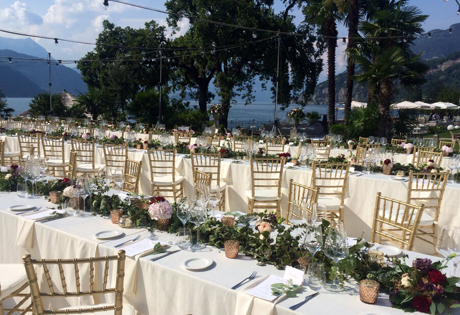 Villa-Lario-outdoor-wedding-reception-dining-area-in-front-of-the-lake