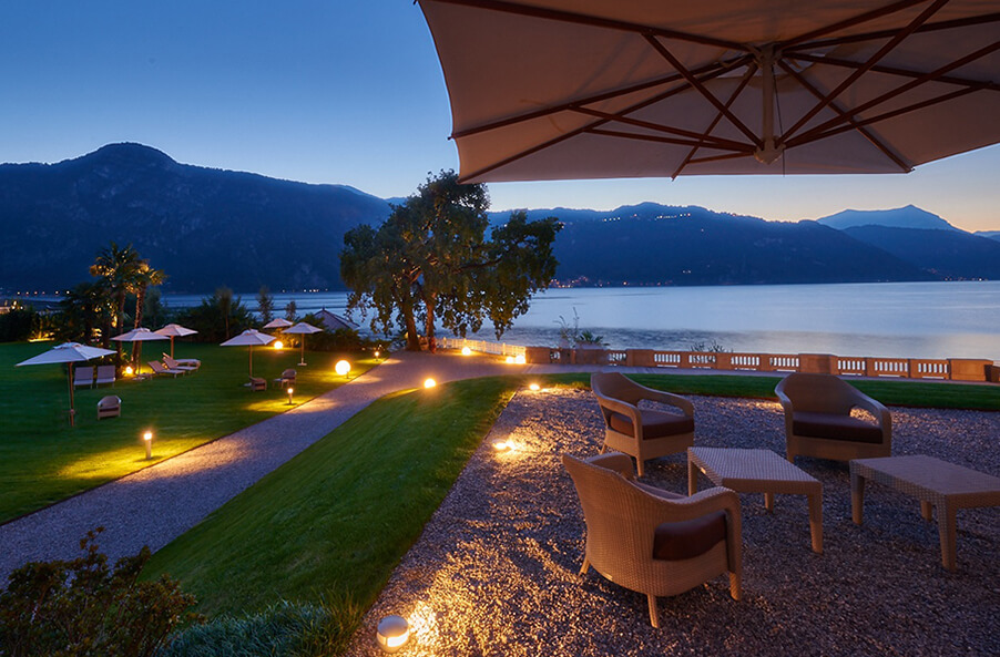 Villa-Largo-outdoor-terrace-in-front-of-Lake-Como