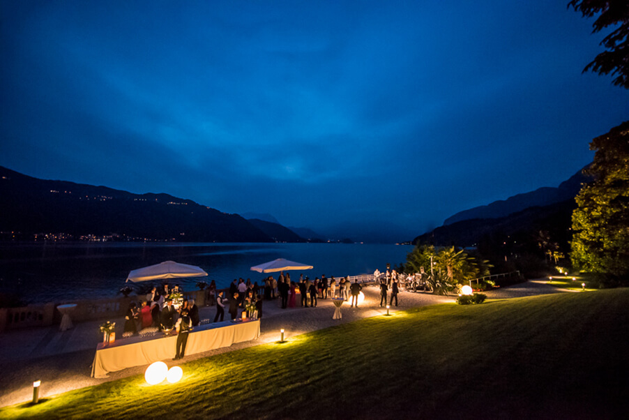 villa-lario-wedding-venue-outdoor-evening-dancing-and-dessert-buffet-by-the-lake