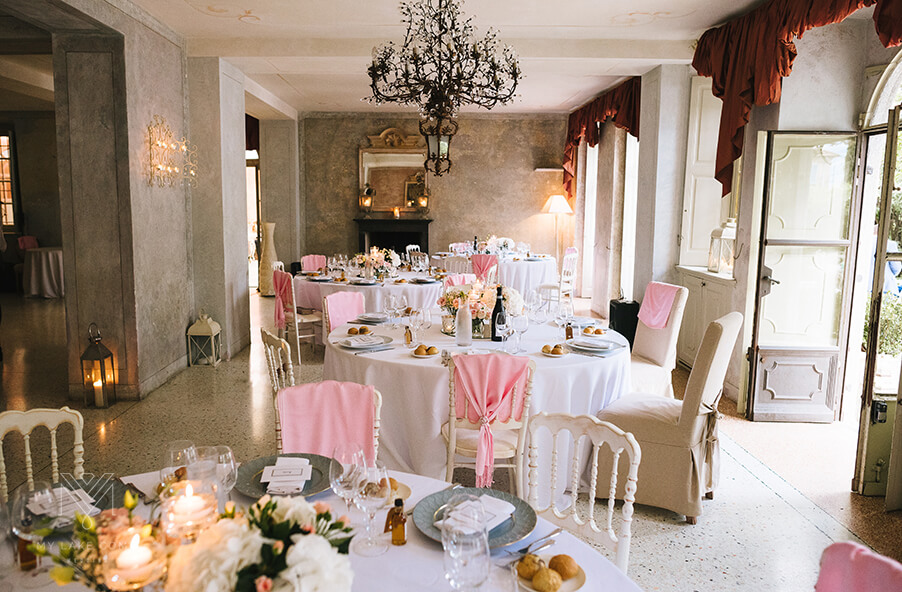 Villa-Teodolinda-dining-room-Lake-Como-wedding-venue