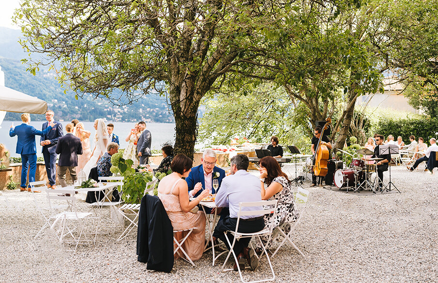 Wedding-aperitivo-terrace-outdoor-Lake-Como-wedding-venue