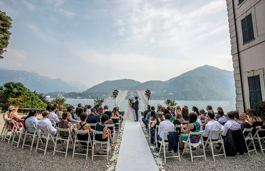 Wedding-ceremony-Lake-Como-villa-venue