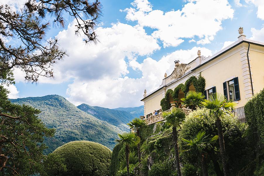 Wedding-day-photo-shoot-at-Villa-Balbianello-Lake-Como