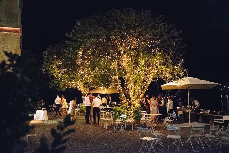 Villa-Teodolinda-fiary-lights-decoration-evening-at-the-villa