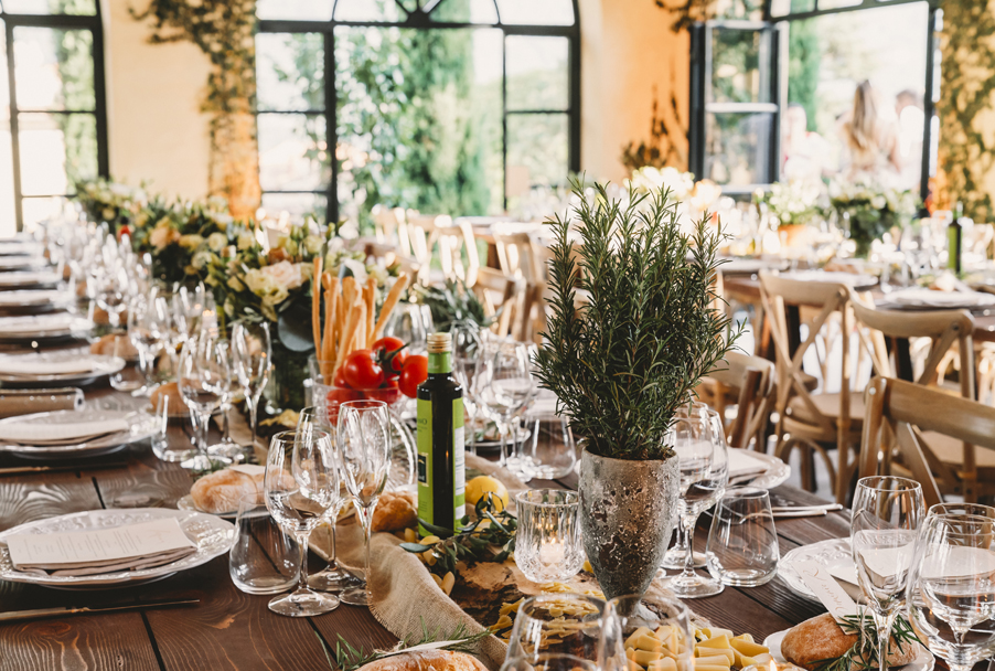 Rustic-chic-Italian-wedding-dinner-design-by-wedding-planner-My-Lake-Como-Wedding