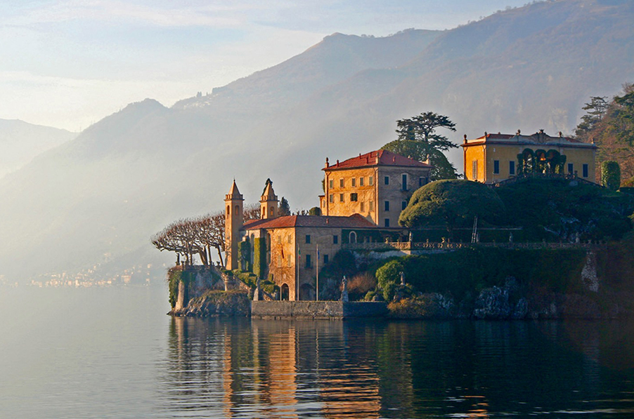 Villa-Balbianello-Lake-Como-wedding-venue-shown-at-sunrise
