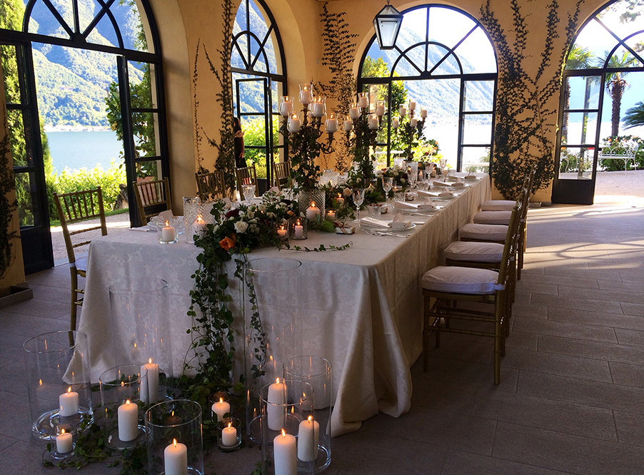 villa-balbianello-intimate-romantic-dining-on-lake-como