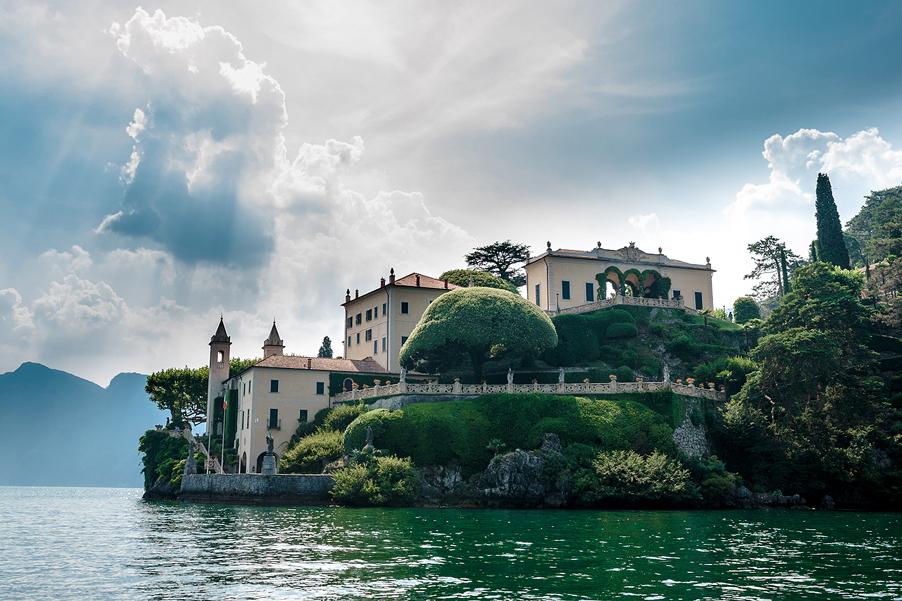 Villa-Balbianello-one-of-My-Lake-Como-Wedding-venues-for-exclusive-weddings