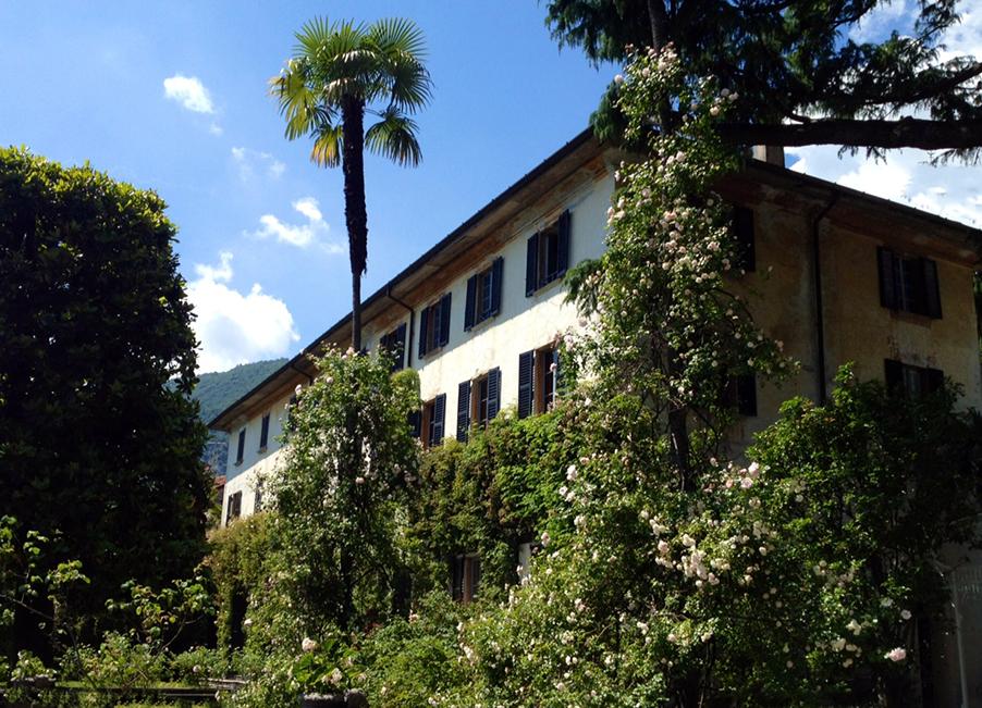 villa-monastero-lake-como-wedding-villa-venue-flower-garden