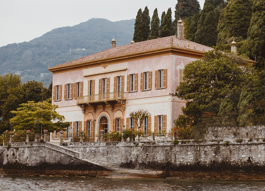 Villa-Pizzo-front-of-the-villa-by-the-lakeside-perfect-for-Lake-Como-weddings-for-blog-tile