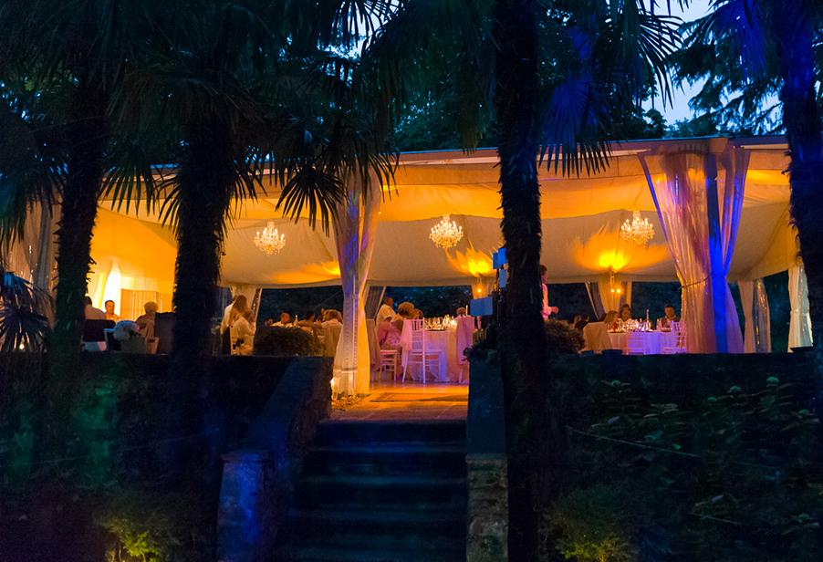 wedding-dining-marquee-at-night-at-villa-monastero-wedding-planner-my-lake-como-wedding
