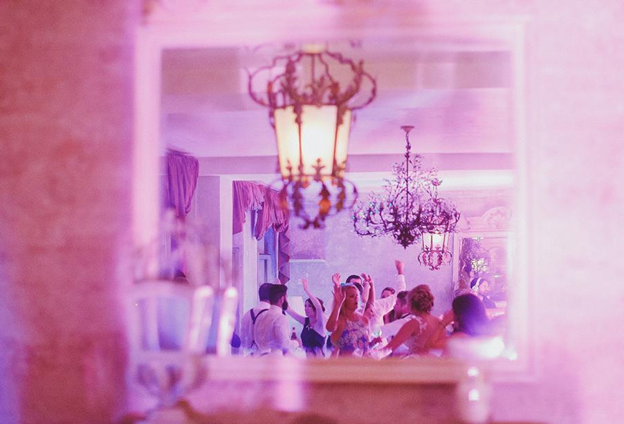 wedding-reception-dancing-inside-villa-regina-teodolinda-wedding-by-my-lake-como-wedding