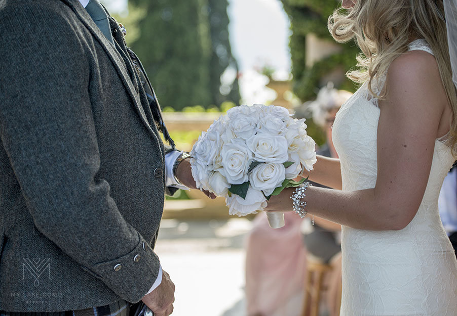 Bride-bouquet-at-Villa-Balbianello-Lake-Como-wedding