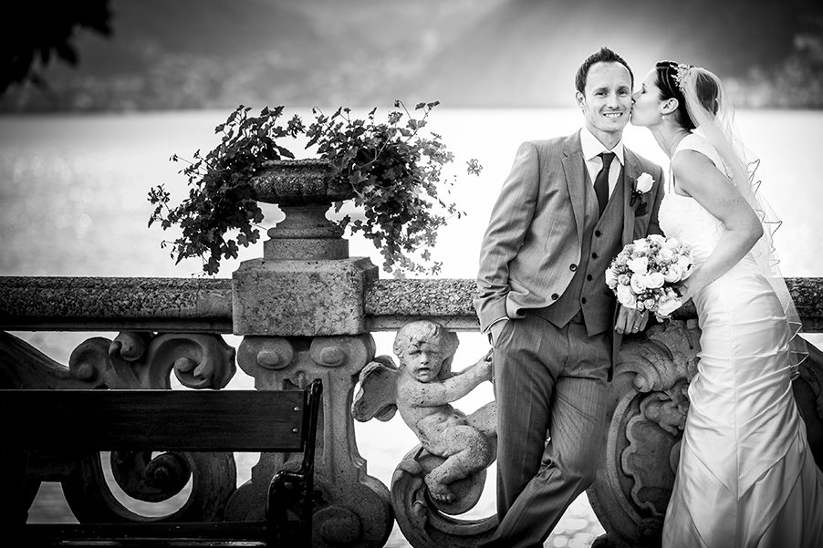 Villa-Balbianello-Lake-Como-wedding-ceremony