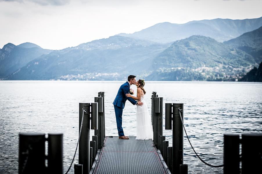 Villa-Cipressi-wedding-on-Lake-Como-beautiful-varenna-ceremony