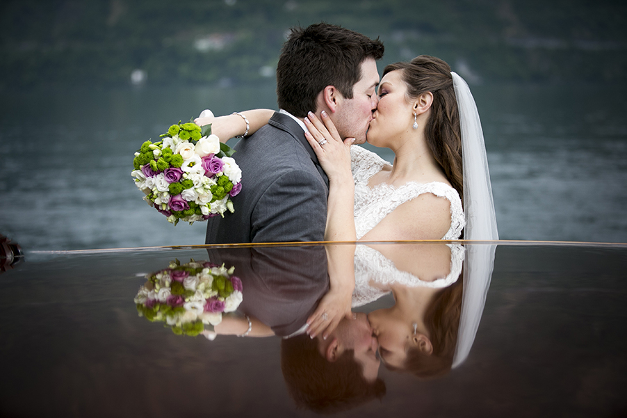 Nicole-and-Derek-Lake-Como-wedding-at-Villa-Balbianello-boat