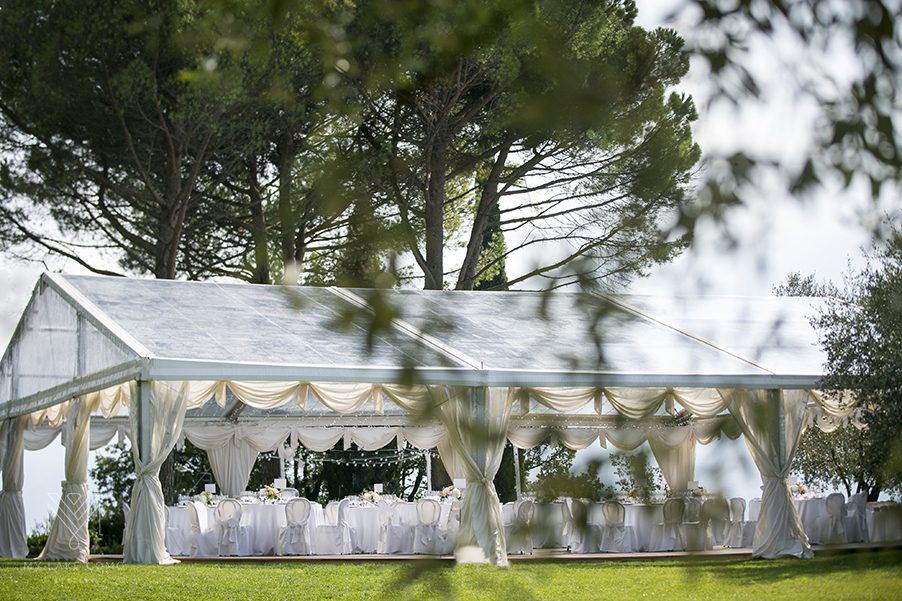 Wedding-marquee-on-Lake-Como-above-Varenna