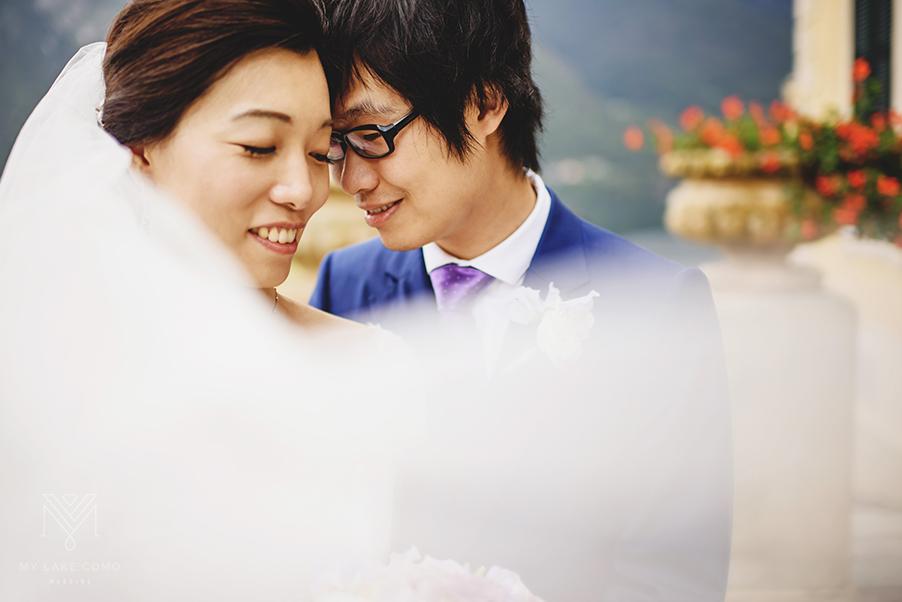 Bride-and-groom-photo-shoot-on-Lake-Como-wedding-day