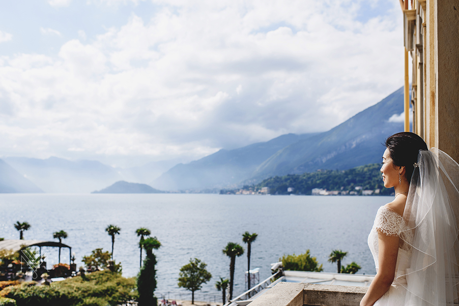 Bride-on-the-balcony-on-Lake-Como-at-Grand-Hotel-Serbelloni