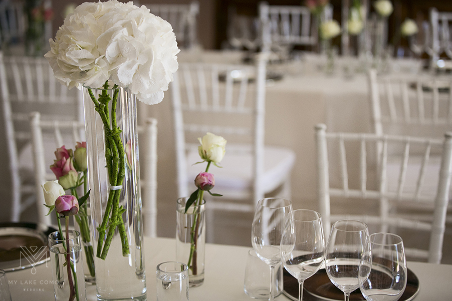 Contemporary-wedding-flower-table-displays