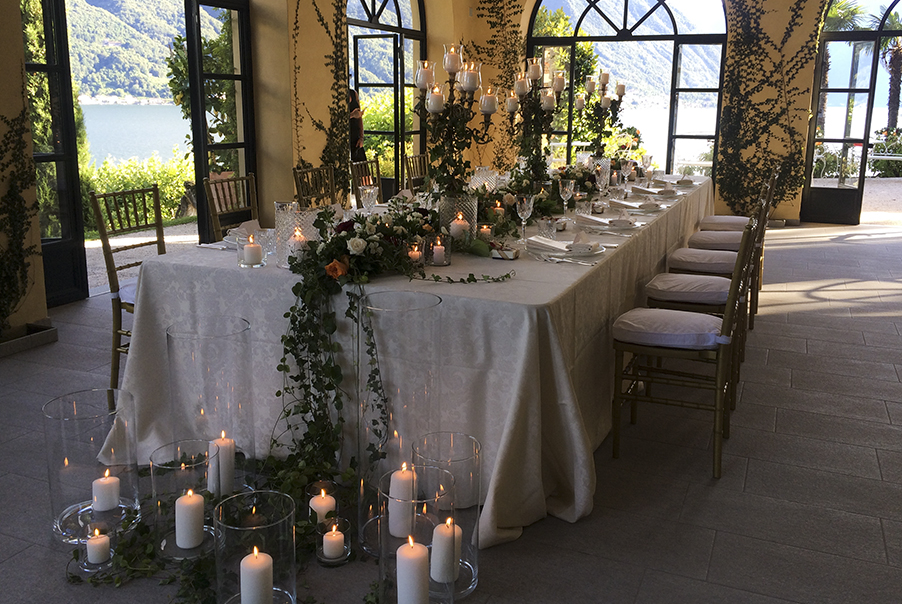 elegant-intimate-wedding-dining-table-display-at-villa-balbianello-by-my-lake-como-wedding