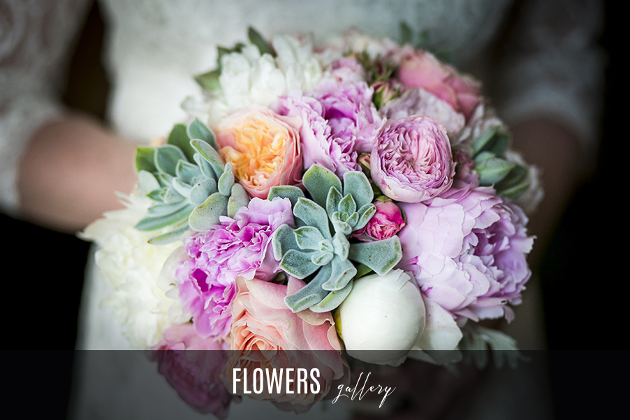 Flower-gallery-Lake-Como-wedding-bouquets-and-table-displays