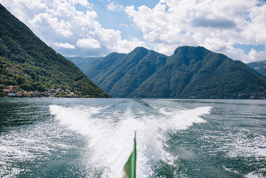 Lake-Como-view-from-an-Italian-boat-on-the-lake