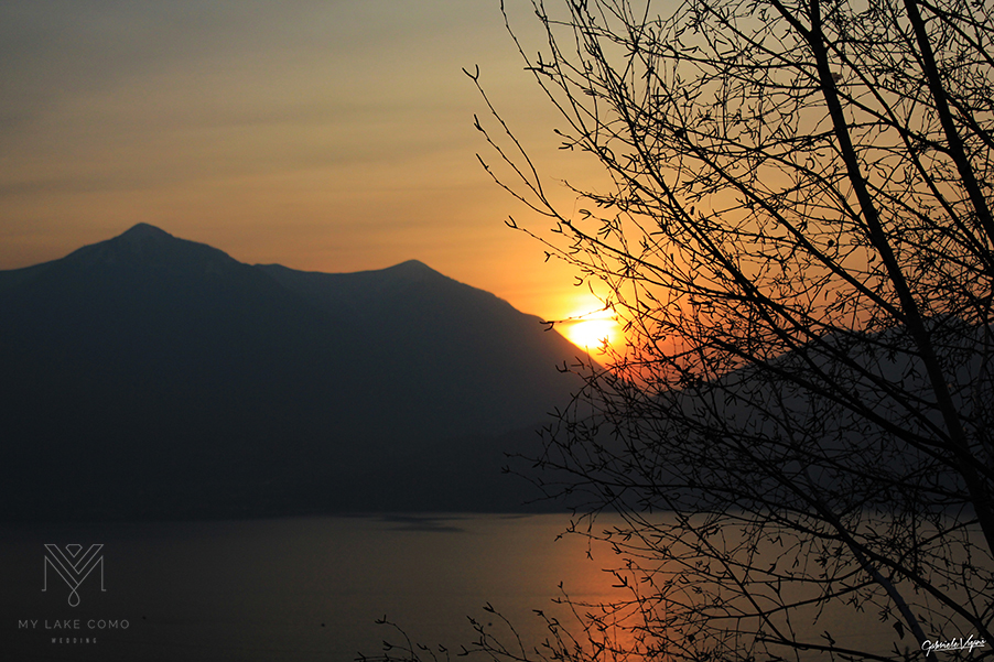 Sunset-over-the-mountains-on-Lake-Como-Italy