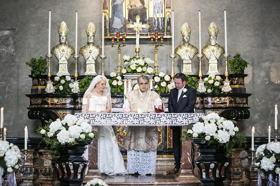 Varenna-church-Lake-Como-wedding-flower-design-and-display