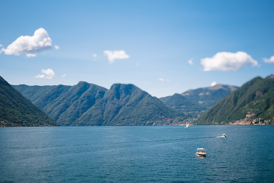 View-of-Lake-Como-and-mountians-with-speed-boats