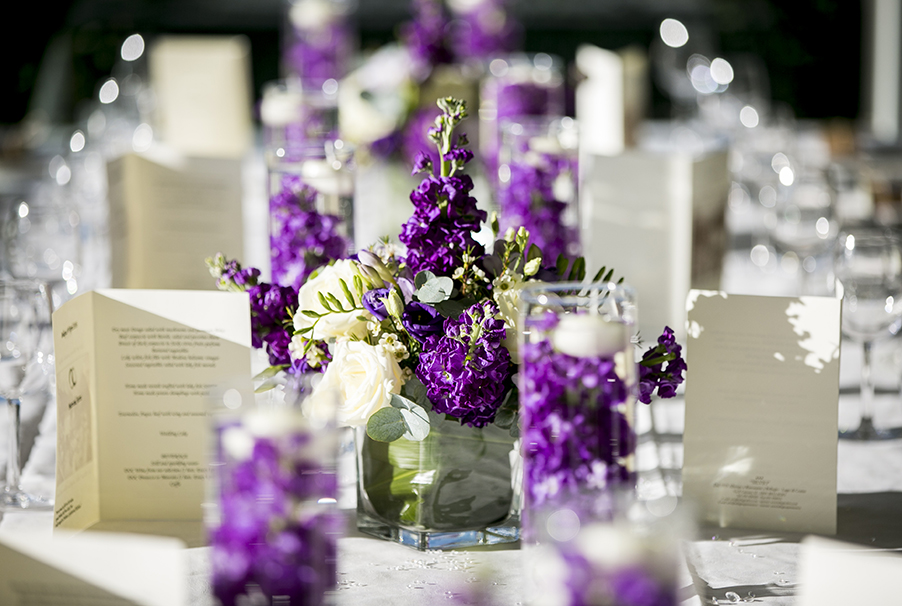 Creative-use-of-flowers-and-glass-to-keep-flower-costs-down-at-your-wedding