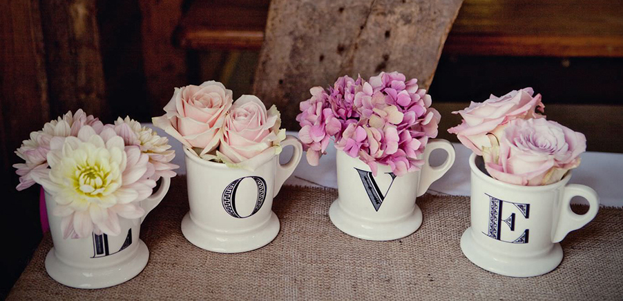 Love-letter-mugs-floral-display-for-wedding-and-flower-arrangement-at-lake-como-pink-coral-ivory-white