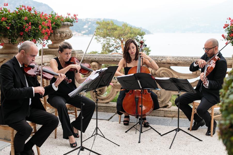 String-quartet-at-wedding-at-Villa-Balbianello