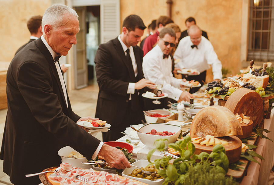 wedding-day-food-aperitivo-with-meat-and-cheese-my-lake-como-wedding