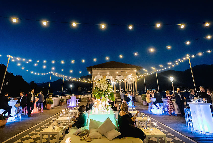 Festoon-lighting-and-table-lighting-at-Lake-Como-wedding