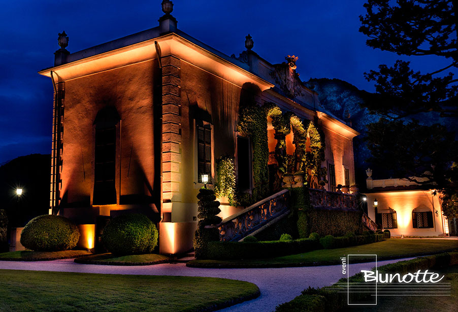 villa-balbianello-wedding-ceremony-terrace-with-lighting-by-blunotte-working-with-my-lake-como-wedding