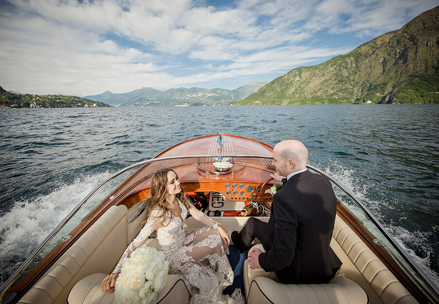 bride-and-groom-on-speed-boat-on-lake-como-by-wedding-pplanner-my-lake-como-wedding