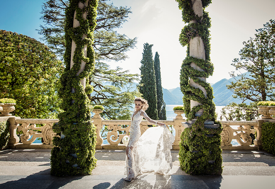 bride-on-ceremony-terrace-at-villa-balbianello-my-lake-como-wedding-planner