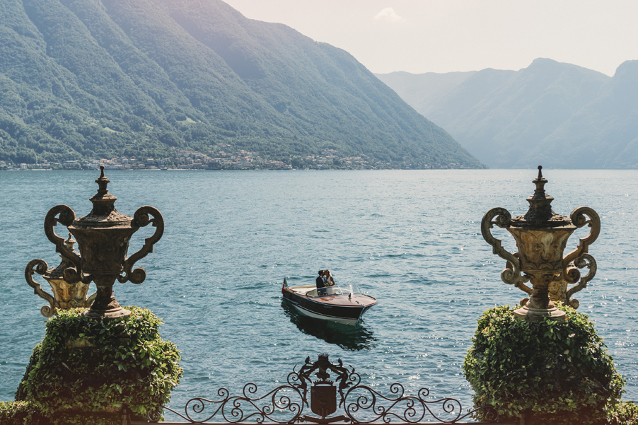 Colombo-speed-boat-ready-for-your-wedding-photo-by-My-Lake-Como-Weddding-planner