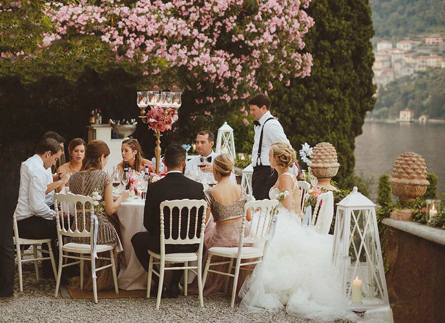 Outdoor-villa-wedding-dining-on-Lake-Como-by-My-Lake-Como-Wedding